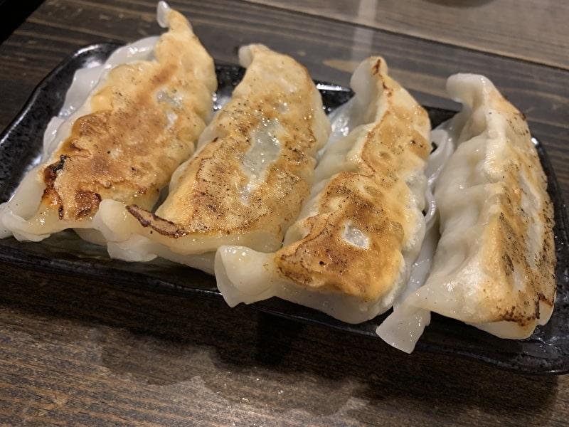 三ツ矢堂製麺 中目黒 餃子
