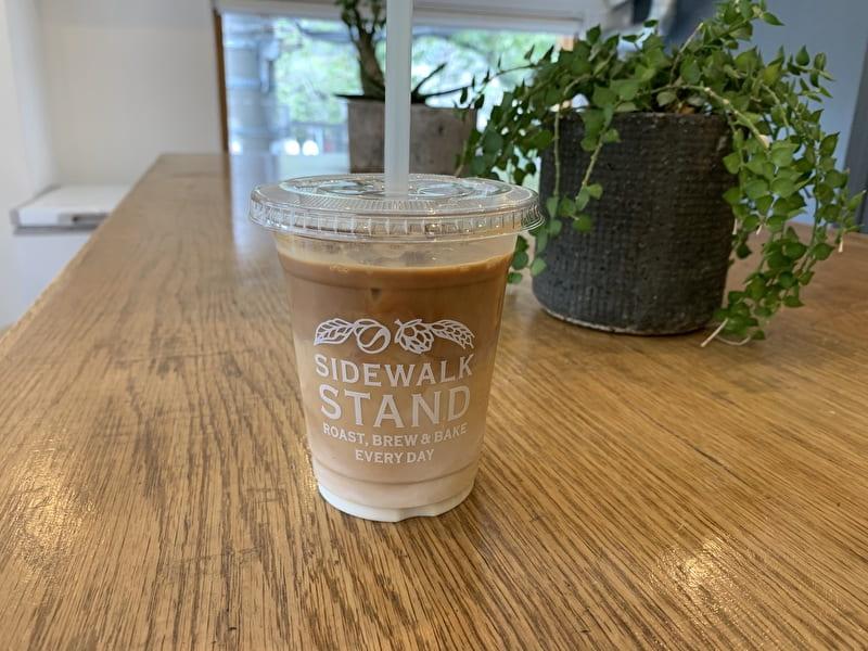 SIDEWALK STAND 中目黒 カフェ カフェラテアイス
