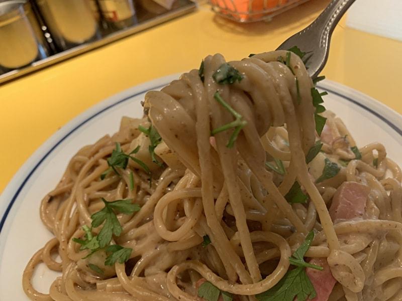 中目黒 関谷スパゲティ 今月のスペシャル 厚切りベーコンとポルチーニ茸クリームスパ