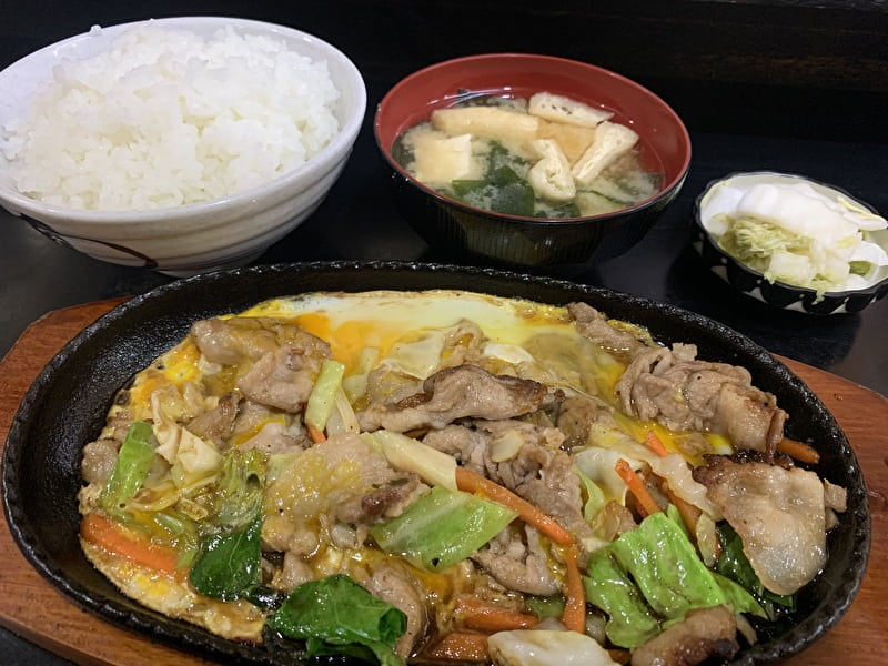きこり食堂 祐天寺 豚肉じゅうじゅう焼き定食