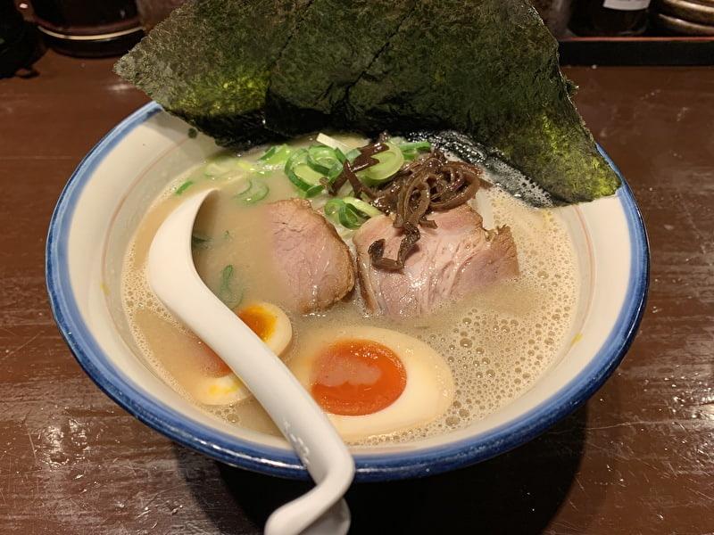 神泉 麺の坊 砦 のりと半熟玉子ラーメン