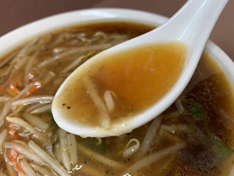 中華宝来 中目黒 もやしそば スープ