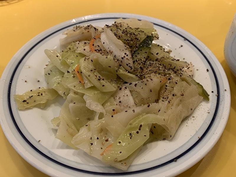 関谷スパゲティ 中目黒 サラダ