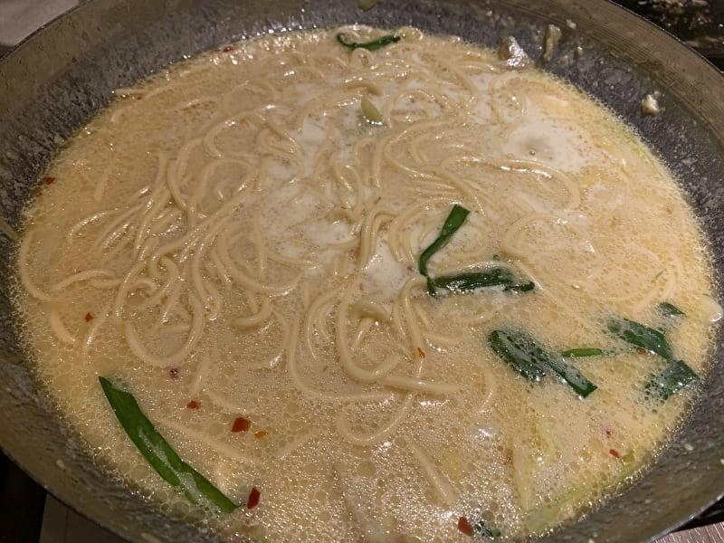渋谷(松濤) お汐井 もつ鍋 〆のちゃんぽん麺
